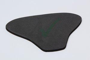 Neopreen foam op maat Suzuki, dikte 13mm / zelfklevend