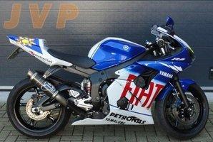 Yamaha R6 2004 Rossi-replica