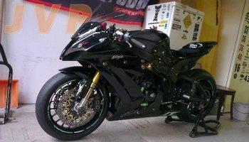 Kawasaki ZX10R ABS 2011-circuit