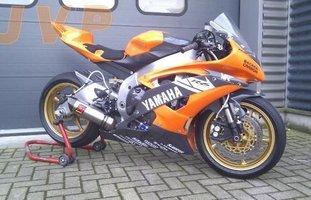 Yamaha R6 2009-circuit